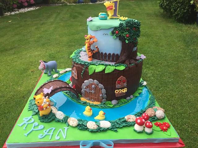 Winnie the Pooh Cake by Antonella Cestonato Spasari of Aperitivi And More