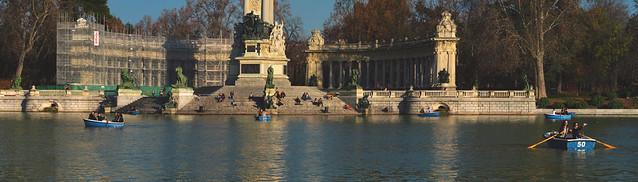 El estanque del Parque Retiro, Madrid (2016)