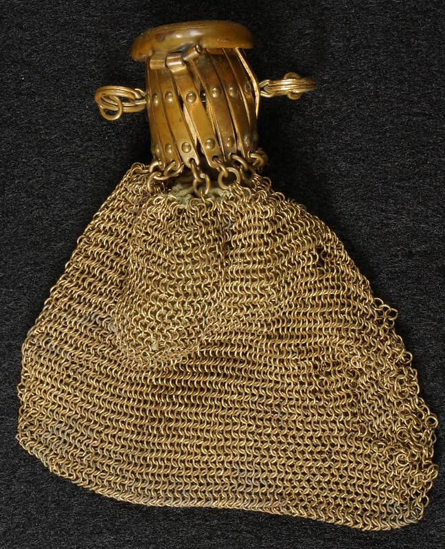 RD9267 Vintage West Germany Brass Expanding Ladies Mesh Link Purse Handbag DSC07882