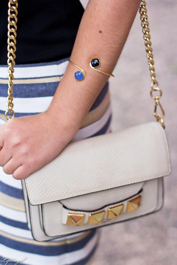 striped mini skirt, black tee, studded bag-6.jpg