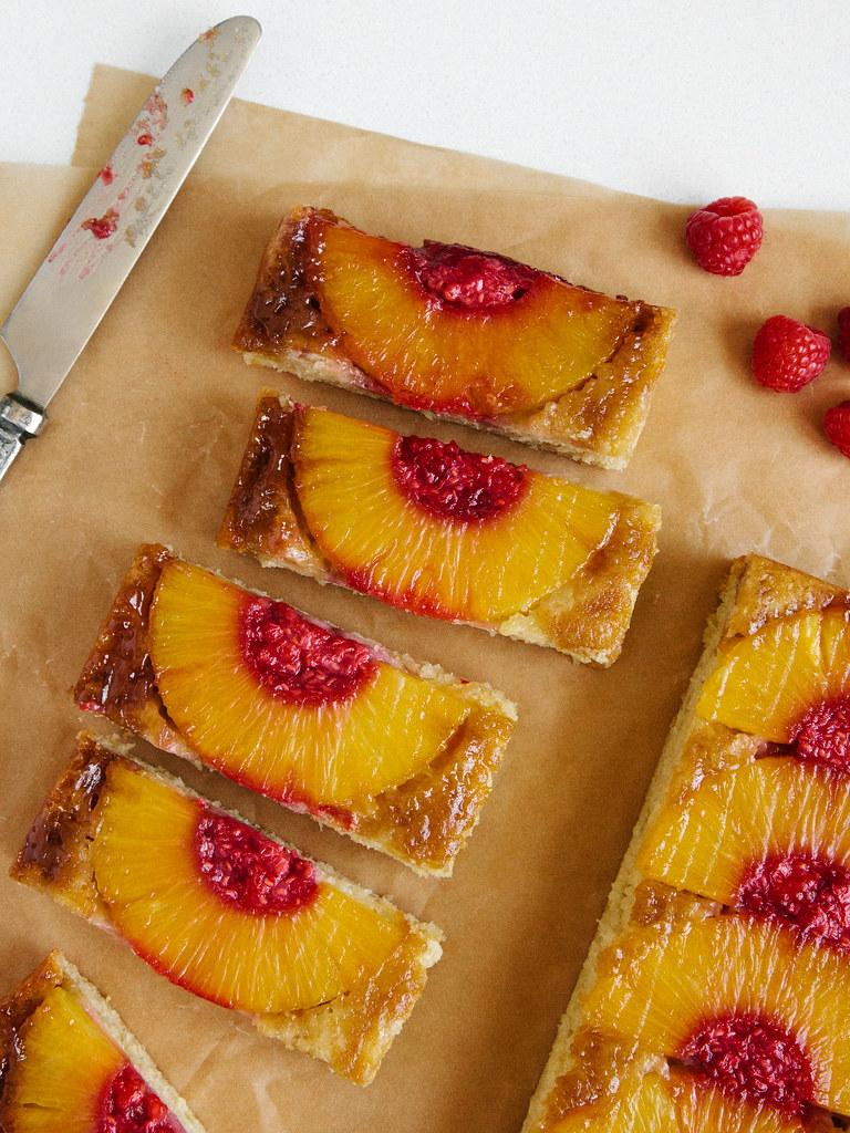 Pineapple upside-down cake + boozy raspberry mash