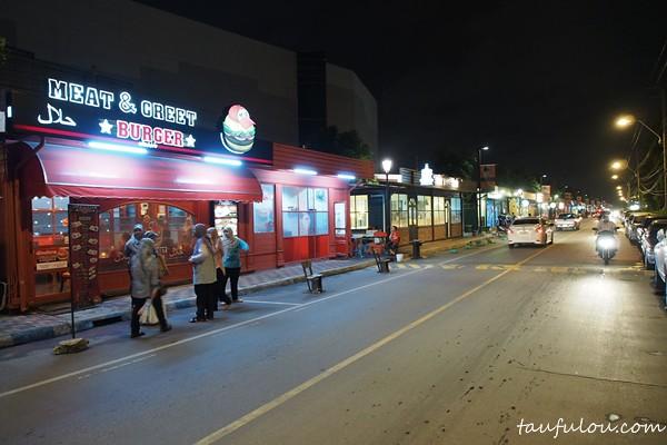 Train Market (3)