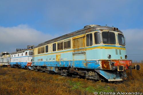 old painted rail railway trains scheme cfr sulzer romane 060da caile ferate sncfr unifertrans ldee2100