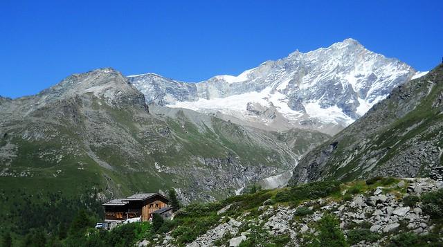 Cabane du Petit Mountet with Weisshorn behind