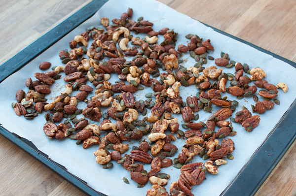 mesquite-nuts-tray
