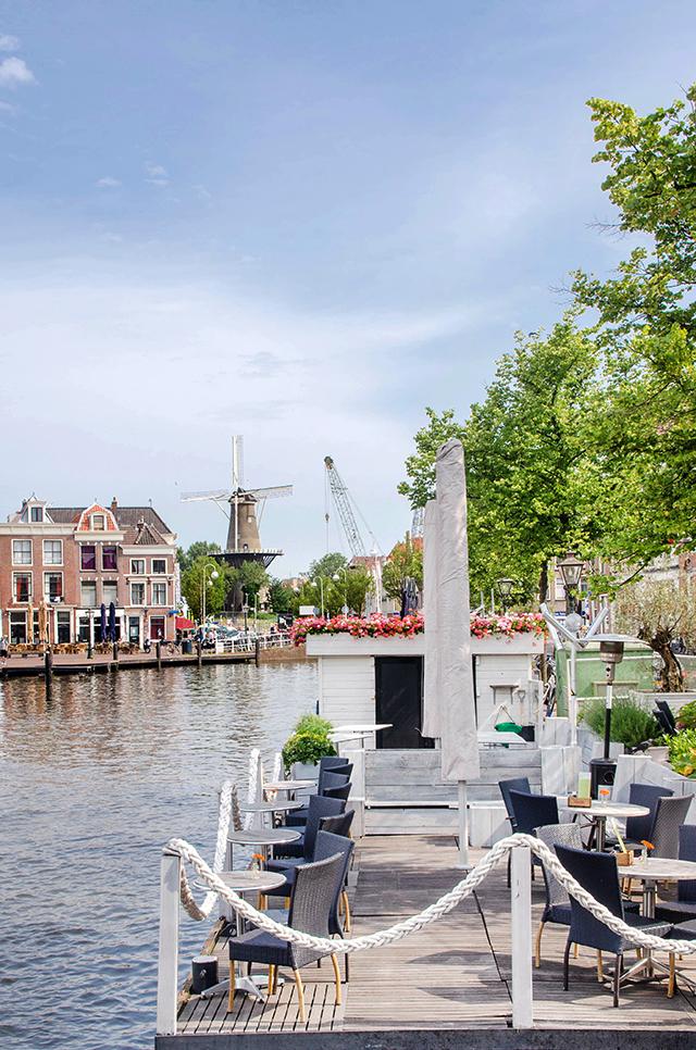 Leide, -Holland