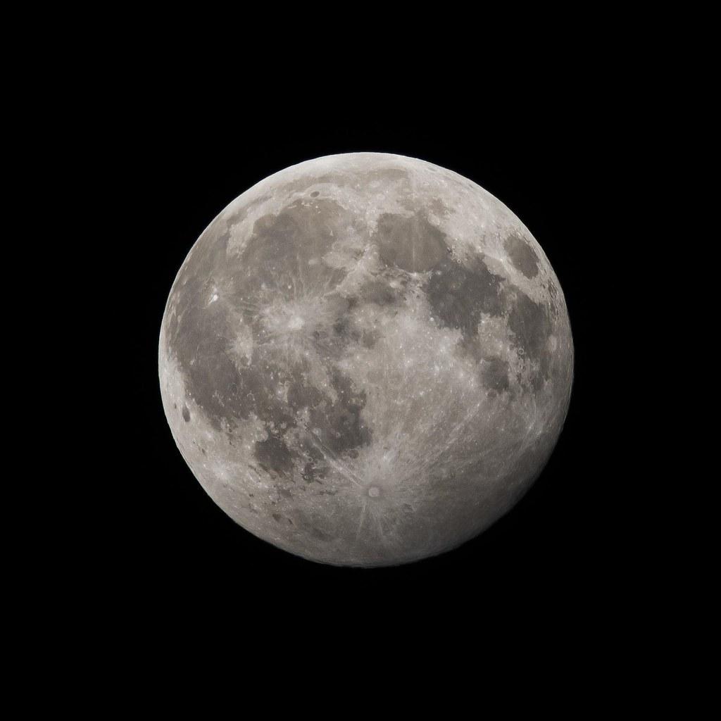 2015.07.31 Full Moon (Blue Moon)
