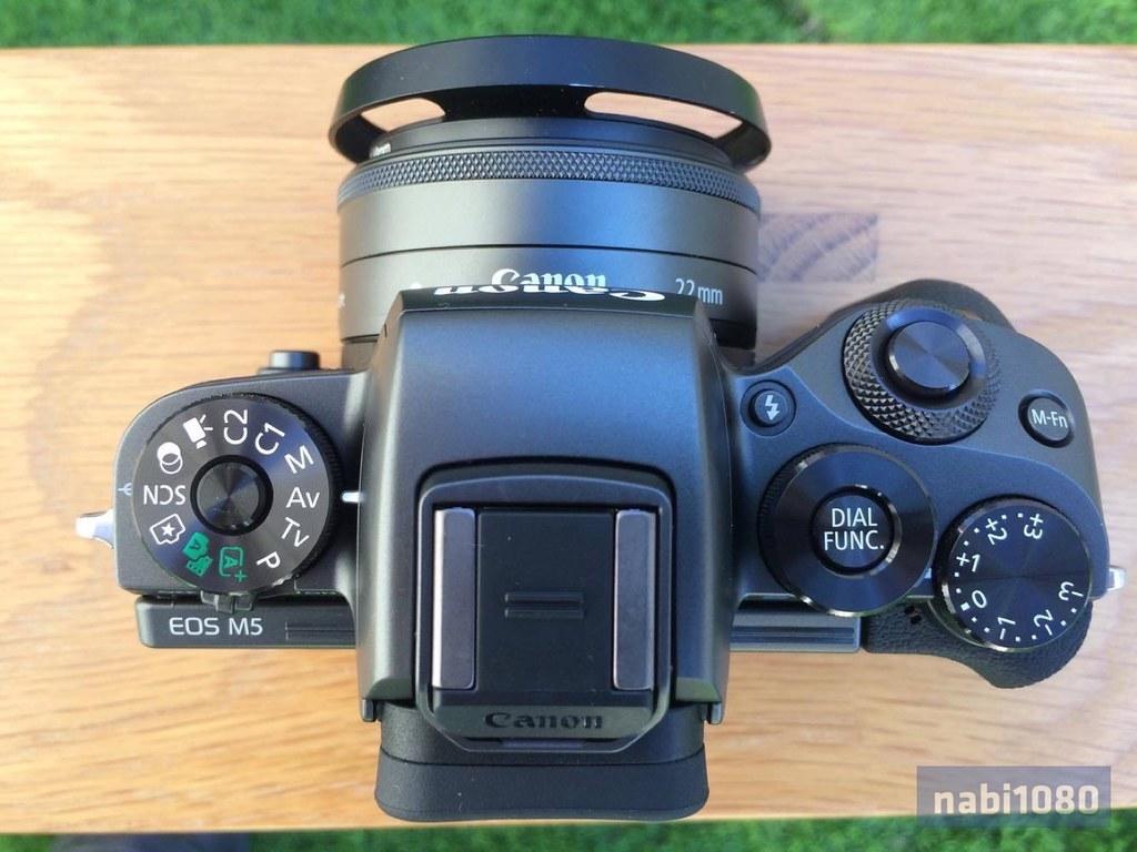 EOS M510