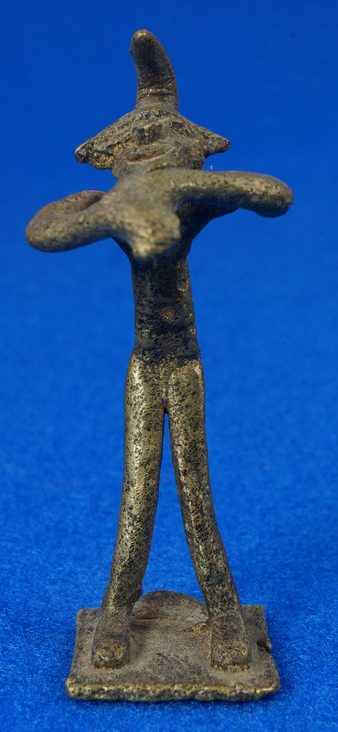 RD14630 4 Vintage African Hand Made Folk Art Primitive Figurines Solid Cast Brass Burkina Faso Yoruba West Africa DSC07083