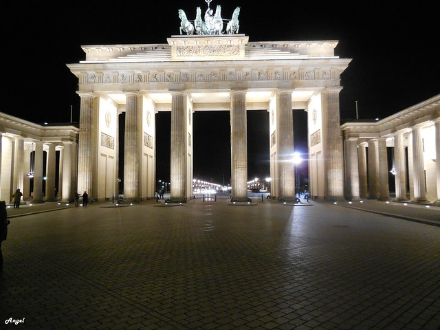 Porta de Brandenburg, Nikon COOLPIX S6400