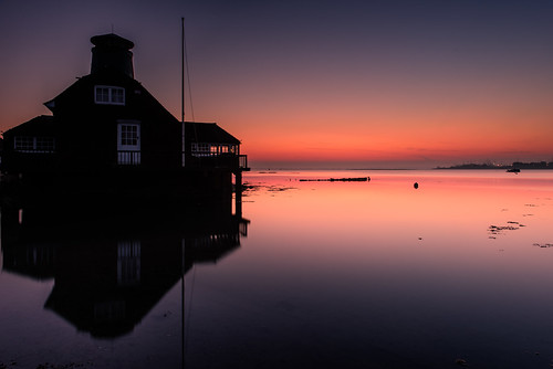 aroomwithaview sunrise langstoneharbour oldmill hampshire southcoast uk tranquil peaceful earlystart reflections glow preglow filter lee nd grad nikon d810 2470mm january 2017 sunsetsnapper