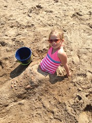 Vivianne in the sand