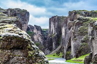 Fjaðrárgljúfur bij Laki