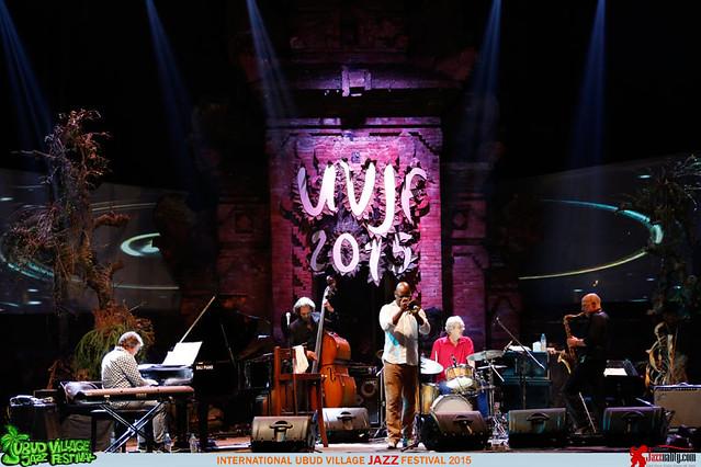 Ubud Village Jazz Festival 2015 Day 2 -Michael Varekamp-Ben van den Dungen - Miles (3)