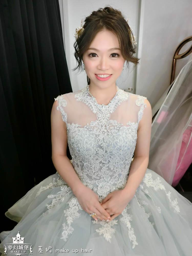 【新秘蓁妮】bride宜芳 訂婚造型 / 桃園八德彭園會館