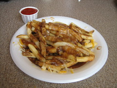 poutine(0.0), meat(0.0), produce(0.0), meal(1.0), breakfast(1.0), fried food(1.0), vegetarian food(1.0), cheese fries(1.0), french fries(1.0), food(1.0), dish(1.0), cuisine(1.0),
