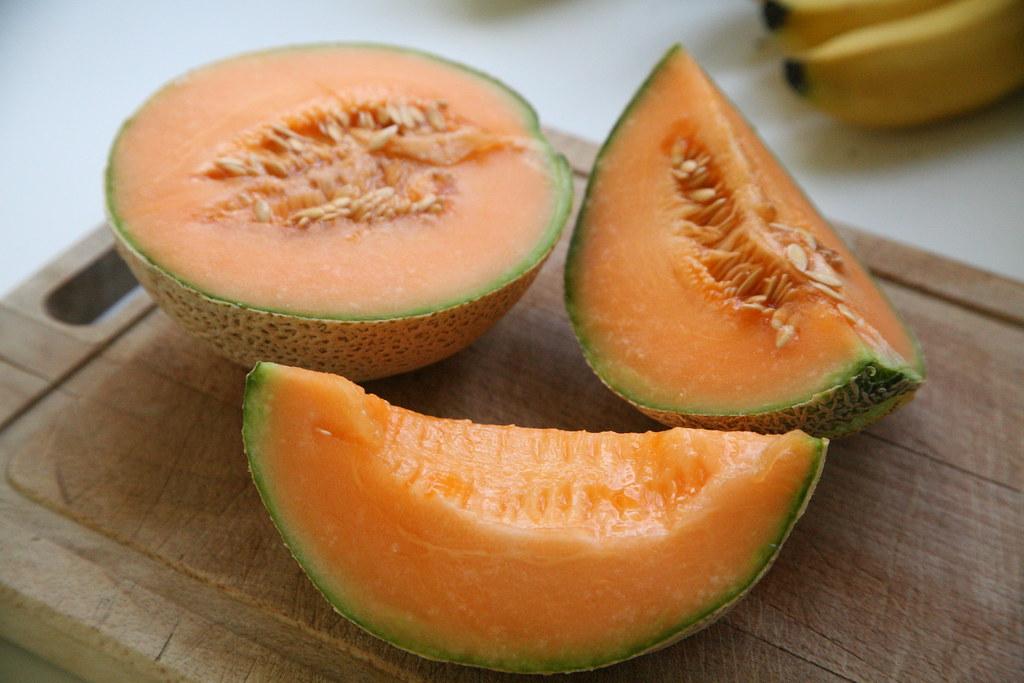 cantaloupe melons, raw
