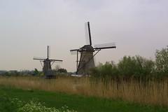 polder(0.0), wind(0.0), wind farm(0.0), prairie(1.0), machine(1.0), building(1.0), windmill(1.0), field(1.0), plain(1.0), mill(1.0), rural area(1.0),