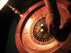 play roulette table