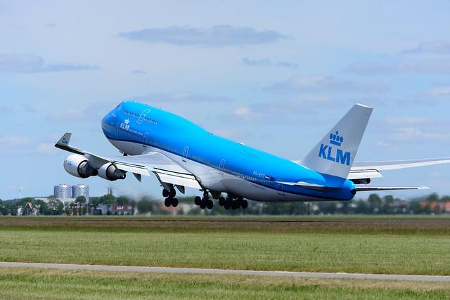 KLM Boeing 747-400, AMS
