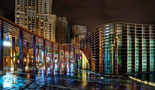 Rainy Colors in Dubai