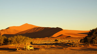 Image of  Sossusvlei. namibia afrika südafrika südwest afrique africa 2010 sony tamron alpha bechen heribert fotos photos flickr minolta konica dynax photography herryb heribertbechen reise safari rundreise sossusvlei namib deathvlei wüste desert arid sand