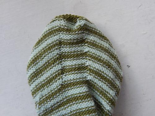 полосатые носки с изнанки пятка