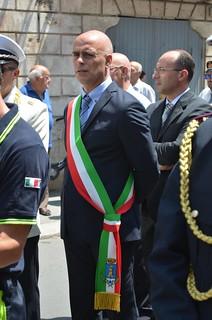 Casamassima-Il sindaco Cessa e il suo vice Palmieri alla prima processione (foto Amo Casamassima)