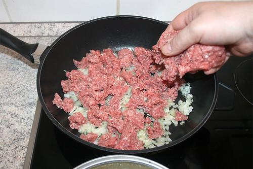 23 - Hackfleisch hinzufügen / Add ground meat
