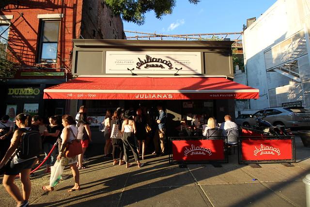 Thrillistが選ぶニューヨークのお勧めピザ屋さん22店