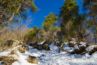 花立山荘手前の岩場