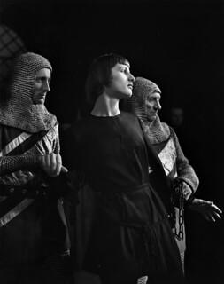 """""""Joan of Arc,"""" Ottawa Little Theatre / Jeanne d'Arc à l'Ottawa Little Theatre"""
