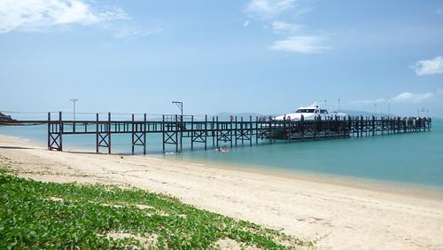 今日のサムイ島 7月11日 ロンプラヤピア周辺ー時間をつぶす