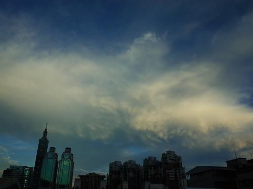 2015年7月8日、台湾・台北で撮影した雲の写真
