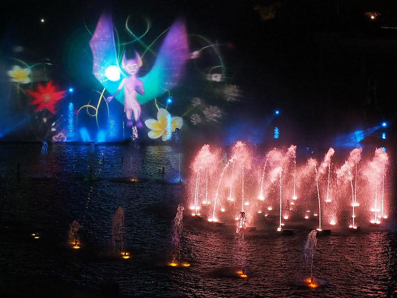 La lumière et l'eau 19951772129_d5f8ecb2e1_c