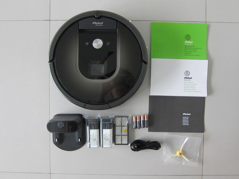 iRobot Roomba 980 - Box Contents