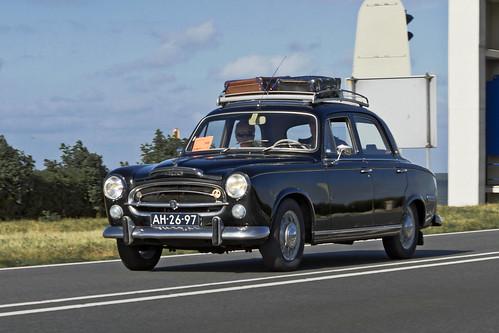 Peugeot 403 Berline 1959 (3326)