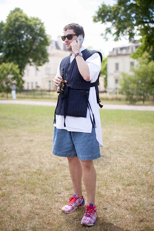 ロング丈半袖シャツ×ベスト×ハーフパンツ×CLOT x adidas ZX Flux RWB