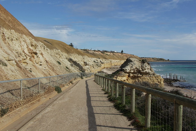 Entrance to Port Willunga beach