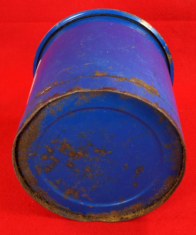 RD7979 Vintage Original Eagle Welded 24 Gauge Steel Blue 1 Gallon Oil Can DSC08051