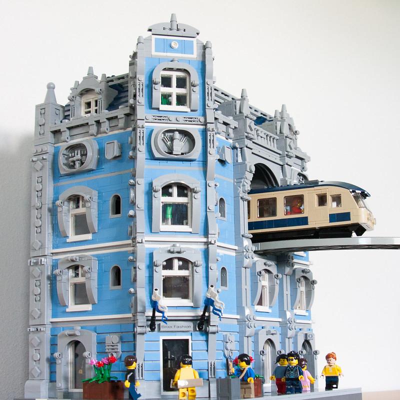 haus mit monorail durchfahrt lego bei gemeinschaft forum. Black Bedroom Furniture Sets. Home Design Ideas