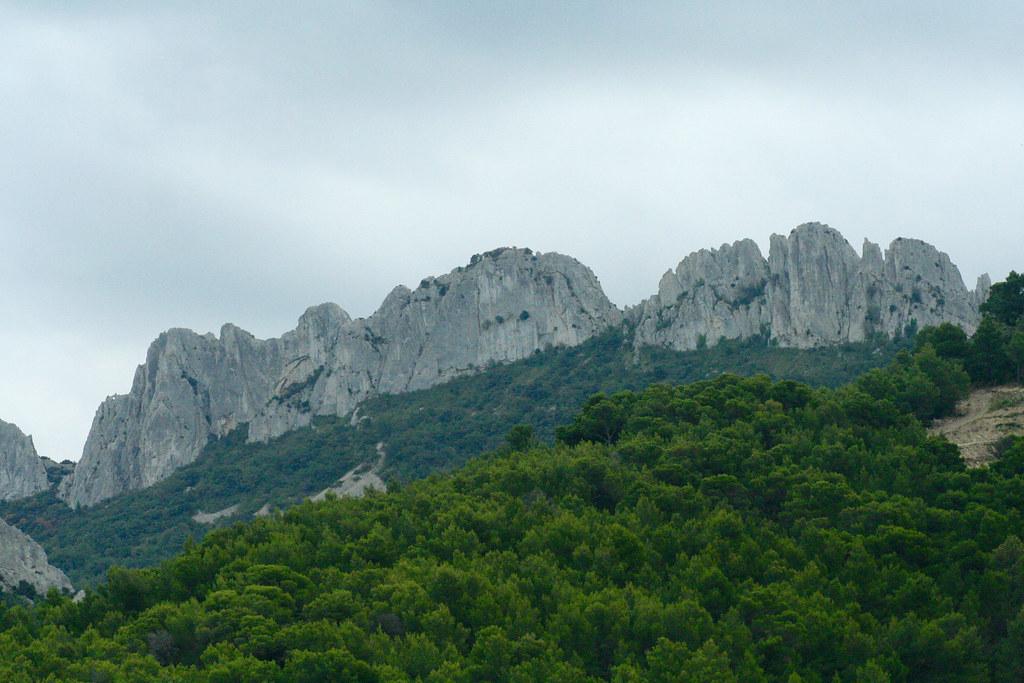 Berg vid Saint Cosme i Gigondas