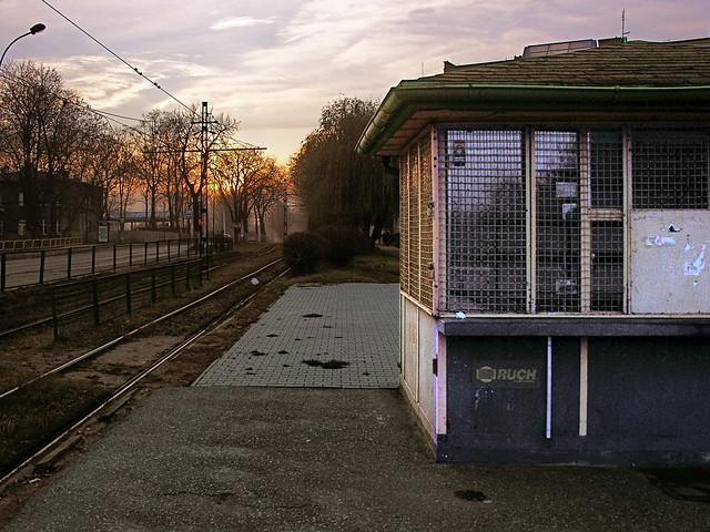 Kiosk on a tram, Nikon E8800
