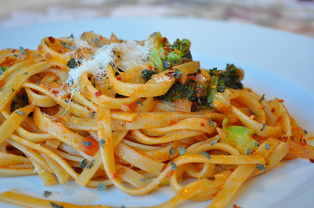 Pasta with Broccoli Marinara