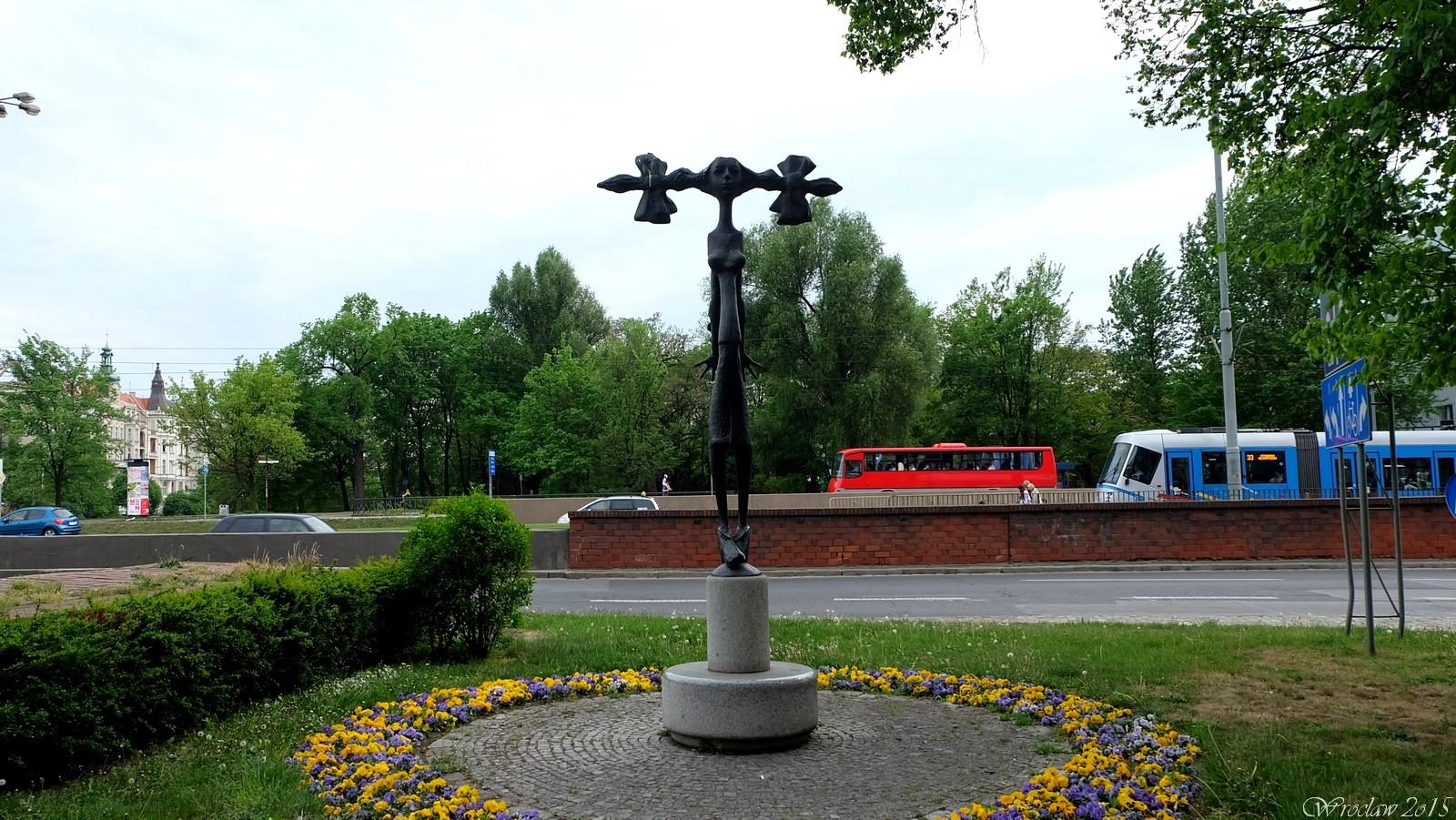 Pomnik Wrocławianki, plac Dominikański, Wrocław, Poland