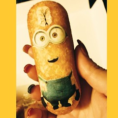 Got some twinkies with Minion edible stickers! So cute! #instasize #twinkies #twinkie #twinkieminionsweeps