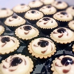 Blueberry Cheese Tartlets ordered by Farahin from Klang. To place order, WA to 0122839337 stating your name and item to order. Strictly self pickup at Kota Warisan, Sepang