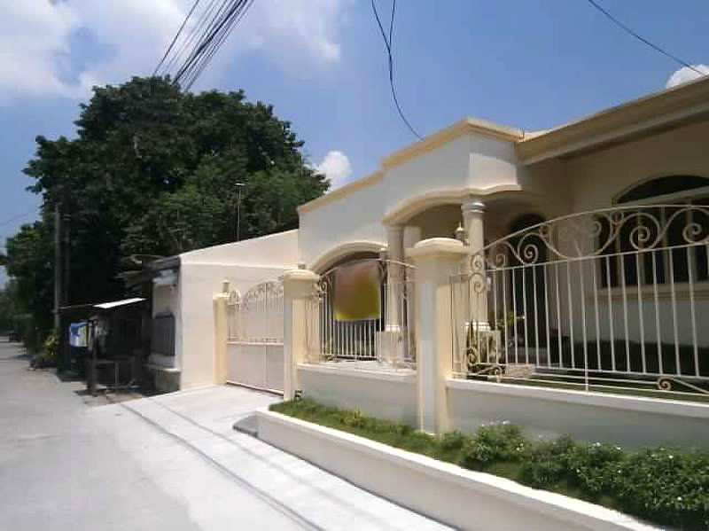 House for Sale Angeles City Santo Domingo Ref# 0000698