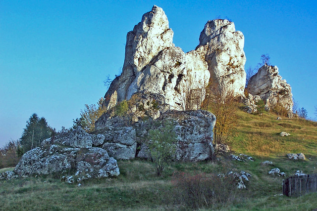 Rock fragments guards Soldering