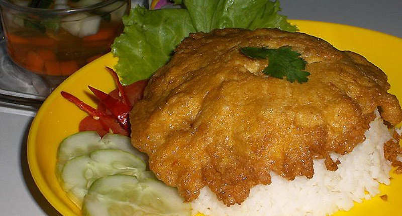 Khao Khai Chiao - Omelette with White Rice